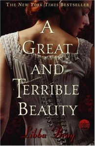 A Great and Terrible Beauty (Readers Circle)